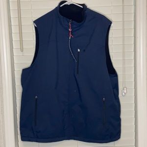 Izod Zip Up Reversible Vest wind/water resistant